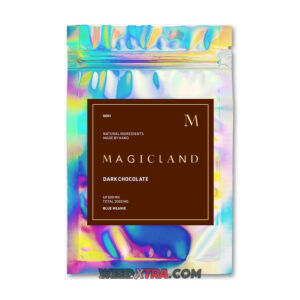 Magicland Psilocybin Mushroom Dark Chocolate infuses 2000mg of potent Golden Teacher or Blue Meanie mushrooms in every pack.